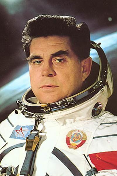Георгій Тимофійович Береговий (1921-1995). Льотчик-космонавт, генерал-лейтенант, двічі Герой Радянського Союзу.